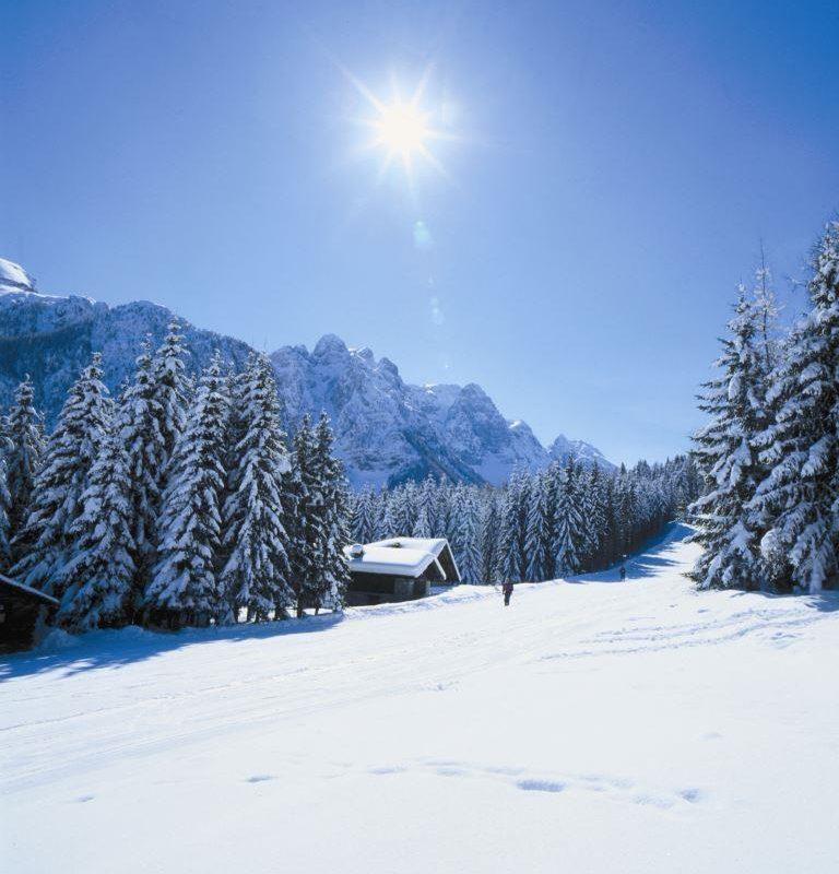 Na narty do val di sole hotel 4 gwiazdkowy hotel w for Immagini inverno sfondi